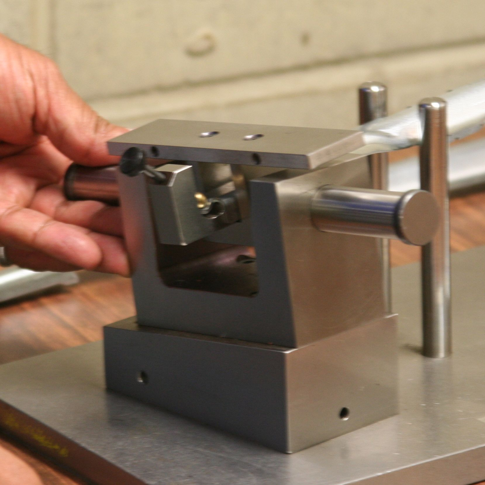custom quality control guages for precision metal stamping parts